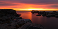 Bleeding Seas (diesmali) Tags: öckerö västragötalandslän sweden hönö lappesand båtmansbratt archipelago cliffs sea ocean sunset clouds red orange water longexposure canoneos6d canonef24105mmf4lisusm nd110