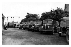 Horncastle. Unknown (Stenycotte) Tags: horncastle bedford lorry
