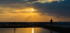 Morning rays (nixpix651) Tags: narrabeen beach newsouthwales australia silhouette people pool water sunrise