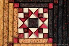 Abendstern (Sockenhummel) Tags: grbern handarbeitsmuseum patchwork quilt stern nhen logcabin star fuji x30 fujifilm finepix fujix30