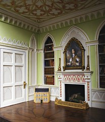 (Sweetington) Tags: english scale fireplace interior library gothic period 18thcentury dollhouse minature dollshouse panelling gothick sidford timsidford wwwtimsidfordcom