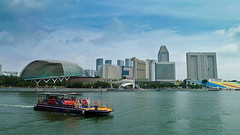 Travel2011006 (SukkhaP) Tags: boats singapore artificial duriansingapura