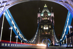 Tower Bridge (TheOne87) Tags: bridge london colors night towerbridge torre time queen ponte regina colori londra notte granbretagna inghilterra tempolungo