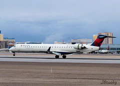 Delta Connection ~ Canadair CL600-2D24 ~ N689CA (jb tuohy) Tags: las plane airplane airport lasvegas aircraft aviation jet aeroplane airline klas canadair g11 cl600 deltaconnection 2013 n689ca jbtuohy