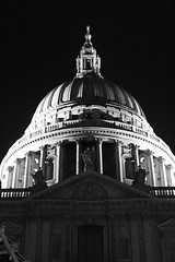 St Pauls' Dome (R Watabe) Tags: life road street city uk bridge people blackandwhite bw london silhouette architecture modern night stairs buildings evening europe shot dynamic britain steps stpauls millenium architectural foster figure milleniumbridge wren renaissance interaction fosterchristopher normanfosternorman