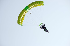 Skydiving Apr 2013, canopy flying (divemasterking2000) Tags: sky beach skydiving coast la flying al jump jumping gulf alabama dive diving center beaches april skydive lower canopy shores dropzone emerald parachuting gulfshores apr parachute dz canopies skyjump gulfcoast elberta parachutes skyflying pinkpony skyfly emeraldcoast loweralabama 2013 skyjumping beachjump pinkponypub emeraldcoastskydivingcenter beachskydive