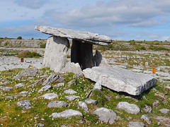 Poulnabrone Portal Tomb (Ronan McCormick) Tags: ireland clare limestone burren karst neolithic dolmen poulnabrone portaltomb ilobsterit