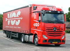 Mercedes Actros new look 39 BBT 9 - VOS (gylesnikki) Tags: red truck artic mp4 vos