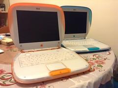 iBook Clamshells (joewhk) Tags: apple macintosh mac ibook applemac g3 ibookg3 applemacintosh appleibook ibookclamshell
