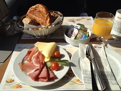 201306003 DB dining car breakfast (taigatrommelchen) Tags: railroad food breakfast train railway db explore meal onboard speisewagen diningcar movingmeals 20130623