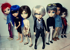 Boys (Elisabet Threepwood (so busy)) Tags: boy white male rabbit eye boys cat photography outfit cool eyes doll dolls slim handmade ken chips cm clothes wig shade mao chip wigs pullip 16 chico hook custom 27 lunatic pullips hash outfits elisabet chicos customs threepwood isul obitsu taeyang raiki taeyangs isuls