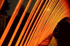 (lincoln koga) Tags: trip red vacation orange peru water dark cores nikon lima laranja frias vermelho vida observe lugares lincoln viagem urbano movimento luzes arco guas passeio quente aventura criao cidades observando koga encontros aprendizado conhecimento explorando chamado admirao congelado novidades contemplao amodemais pedaosdemim saborear expressando movimentocongelado aguardo euamo euvejo lincolnkoga parquedelareserva novosrumos d7000 euencontro meutempo lincolnseijikoga novoslugares meumomento eusinto refgiosecreto silncioreflexivo tempodesilncio meusencontros euvivo voudescobrindo vouexplorando ofertadeamor teentrego nossoviver tudoemmim aguardoporvoc parquedelasguas