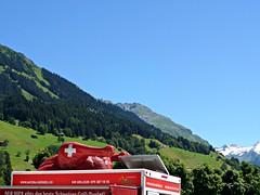 Schweizer Grill-Poulet (tixie21) Tags: red food mountain chicken truck schweiz switzerland flag schweizer fahne poulet klosters