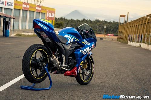 2015-Suzuki-Gixxer-Cup-Bike-08