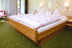 AKZENT Hotel Lawine_Todtnau_Doppelzimmer (AKZENT Hotels e.V.) Tags: akzenthotellawine doppelzimmer hotel todtnau