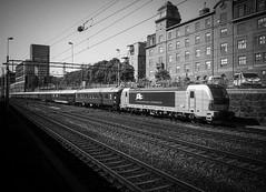 Skandinaviska Jernbanor 2014-05-23 (Michael Erhardsson) Tags: svartvitt skandinaviska jernbanor tg persontg tgbolag cst stockholm loktg 2014