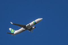 Transavia Boeing im Landeanflug auf Amsterdam Schipol (olaf.steenbock) Tags: castricum flugzeug niederlande passatkarteideutschland passattreffen transavia phhse 737 boeing