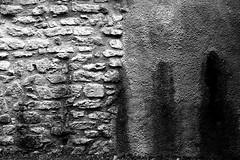 Give Blood (Leica M6) (stefankamert) Tags: stefankamert leica m6 m leicam6 rangefinder ilford fp4 film analog voigtlnder nokton wall bw sw baw noir noiretblanc monochrome mono black blackandwhite blackwhite schwarzweis textures texturen