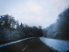 Der schne Winter (One-Basic-Of-Art) Tags: snow schnee weis white blanc kalt cold cool canon canonixus canonixus500hs fotografie foto fotos photography photo photos street strase teer grau winter