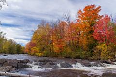 Rivière Saint-Charles, Wendake (Pierre Lemieux) Tags: villedequébec québec canada rivièresaintcharles wendake automne fall
