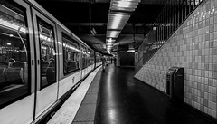 IMG_9186 (Lens a Lot) Tags: paris | 2016 canon efs 1018mm f4556 is stm metro subway people ultra wide angle lens black white blackandwhite street photography streetphotography noir et blanc monochrome