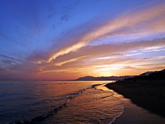 Reflejos (Antonio Chacon) Tags: andalucia atardecer marbella mlaga mar mediterrneo spain espaa sunset