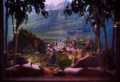 Disneyland Visit 2016-11-27 - Main Street Emporium - Window Displays (drj1828) Tags: us disneyland dlr visit 2016 mainstreet emporium windowdisplay