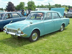 378 Ford Corsair V4 Deluxe (1968) (robertknight16) Tags: ford british 1960s corsair 120e luton nju391f