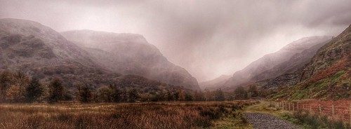 Snow showers Llanberis pass.