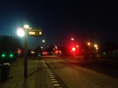 (Lin ChRis) Tags: 阿爾梅勒 almere holland netherlands 荷蘭 night am early busstop