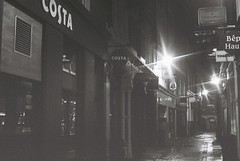 London At Night (goodfella2459) Tags: nikon f4 af nikkor 50mm f14d lens kodak trix 400 35mm black white film analog london night street lights milf