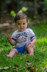 Diego no jardim (mcvmjr1971) Tags: 2016 d7000 nikon brasil f28 mmoraes niteri riodejaneiro niteroi curtoniteroi pendotiba diego sigma150mmmacro niteri