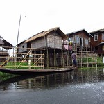 "Inle Lake Village <a style=""margin-left:10px; font-size:0.8em;"" href=""http://www.flickr.com/photos/14315427@N00/7071261889/"" target=""_blank"">@flickr</a>"