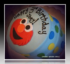 Elmo cake by Carrie B of Birthday Cakes 4 Free Twin Cities, MN