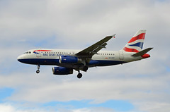 British Airways Airbus A319-131 G-EUPP (EK056) Tags: london airport heathrow airbus british airways a319131 geupp
