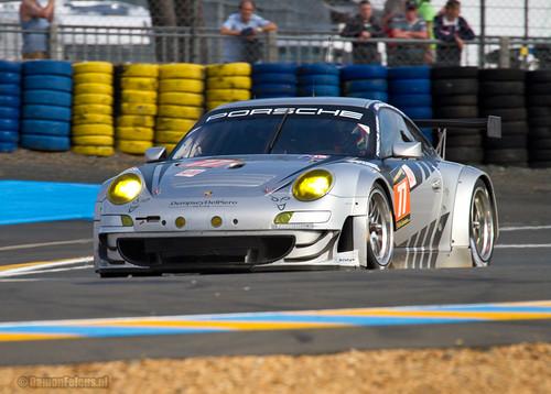 #77 Dempsey Del Piero Proton Porsche 911 (997) GT3 RSR