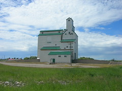 Cromer Grain Elevator (jimmywayne) Tags: canada elevator grain historic manitoba cromer pipestone ruralmunicipality