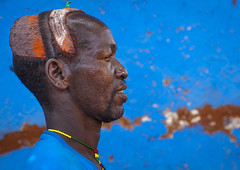 Bana Tribe Man, Key Afer, Omo Valley, Ethiopia (Eric Lafforgue) Tags: africa blue portrait haircut color men fashion horizontal bena hair outdoors photography necklace colorful day outdoor african jewelry tribal ornament omovalley copyspace tradition ethiopia tribe hairstyle bana hamar oneperson jewel hamer onepeople lifestyles headwear hornofafrica headandshoulders banna eastafrica brightcolour tribesman realpeople blackskin onlymen coloredbackground benna onemanonly maturemen keyafer colourimage africanethnicity 1people pastoralist pastoralism onemidadultmanonly keyafar snnpr oneadult ethiopianethnicity omo137086