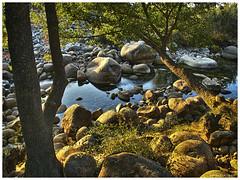 130906_Madrigal de la Vera_09 (ManuMartinlop) Tags: senderismo piedras cascada rutas potro finca extremadura higueras higos cauce lavera río madrigaldelavera cáceres montañas excursión gargantadealarcón picodealmanzor