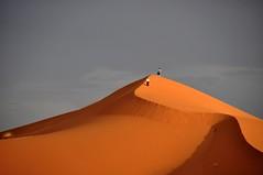 (Victoria.....a secas.) Tags: light luz sand desert dune arena desierto duna marruecos merzouga ergchebbi