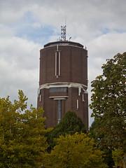 Helmond - Watertoren (grotevriendelijkereus) Tags: helmond netherlands nederland holland brabant noord stad city town village plaats gebouw architecture building watertoren watertower toren tower