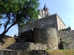 Veliko Tarnovo, Bulgaria - Tsarevets Fortress (johnnysenough) Tags: velikotarnovo  velikotrnovo tsarevetsfortress bulgaria blgarija bulgarie bulgarien centraleurope tourist travel 100citiesx1trip snv37186