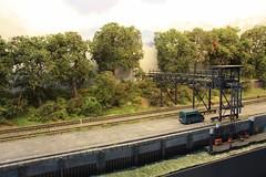 Oeversijde, by Evan Daes, H0  (12) (Rinus H0) Tags: modeltreinen modeltrains modelrailways modelleisenbahn beurs fiere expo modelspoorexpoleuven leuven 2016 oeversijde evandaes h0 187 scale schaal gauge albertkanaal geel belgium belgique belgi