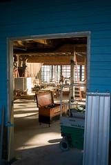 L1016979web (kodakplusx) Tags: baustelle schreiner constructionsite carpenter magiclight indoor lichtdurchflutet leicam82 summicron50mmrigid