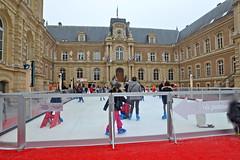Marché de Noël 2016 (JDAMI) Tags: patinoire marchédenoël hoteldeville amiens glissade glace mairie 80 somme picardie hautsdefrance nikon d600 tamron 2470