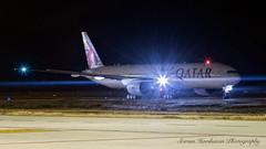 A7-BAN Qatar Airways Boeing 777-3DZ(ER) - cn 38246 / 925 (Sri_AT72 (Sriram Hariharan Photography)) Tags: qatar airways boeing 777 777300er 77w a7ban blr vobl bia kia bial bengaluru international airport devanahalli kempegowda plane spotting airside night photography passion november 2016 avgeek geek ge90115b