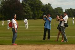 A star is born (mistigree) Tags: angleterre blenheimpalace woodstock cricket photographe touriste