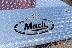 IMG_6615 (SLS Custom Stainless) Tags: kalolane mack superliner