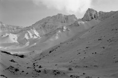 Mt.Kamifurano (threepinner) Tags: mtkamifurano taisetsunationalpark kamifurano hokkaidou hokkaido northernjapan japan mountainsnaps pentax mzm pentaxm 50mm f17 kodak microfilm imagelink hq selfdeveloped daytime winter