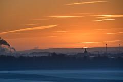 Sonnenaufgang im Dezmber 2016 ber Algermissen (Burr_Brown) Tags: sonnenaufgang algermissen niedersachsen 2016 nikon d750 tamron 70200 f28 frost bodennebel hildesheimer brde zuckerfabrik rben